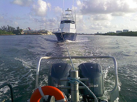 boat towing miami